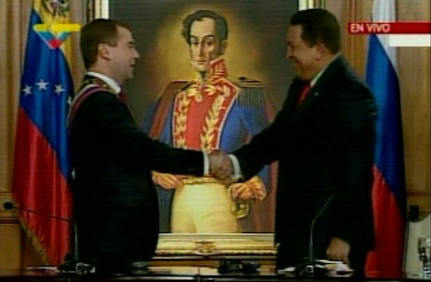 http://www.venezuelanalysis.com/files/images/2008/11/medvedev_chavez_pp_vtv.jpg