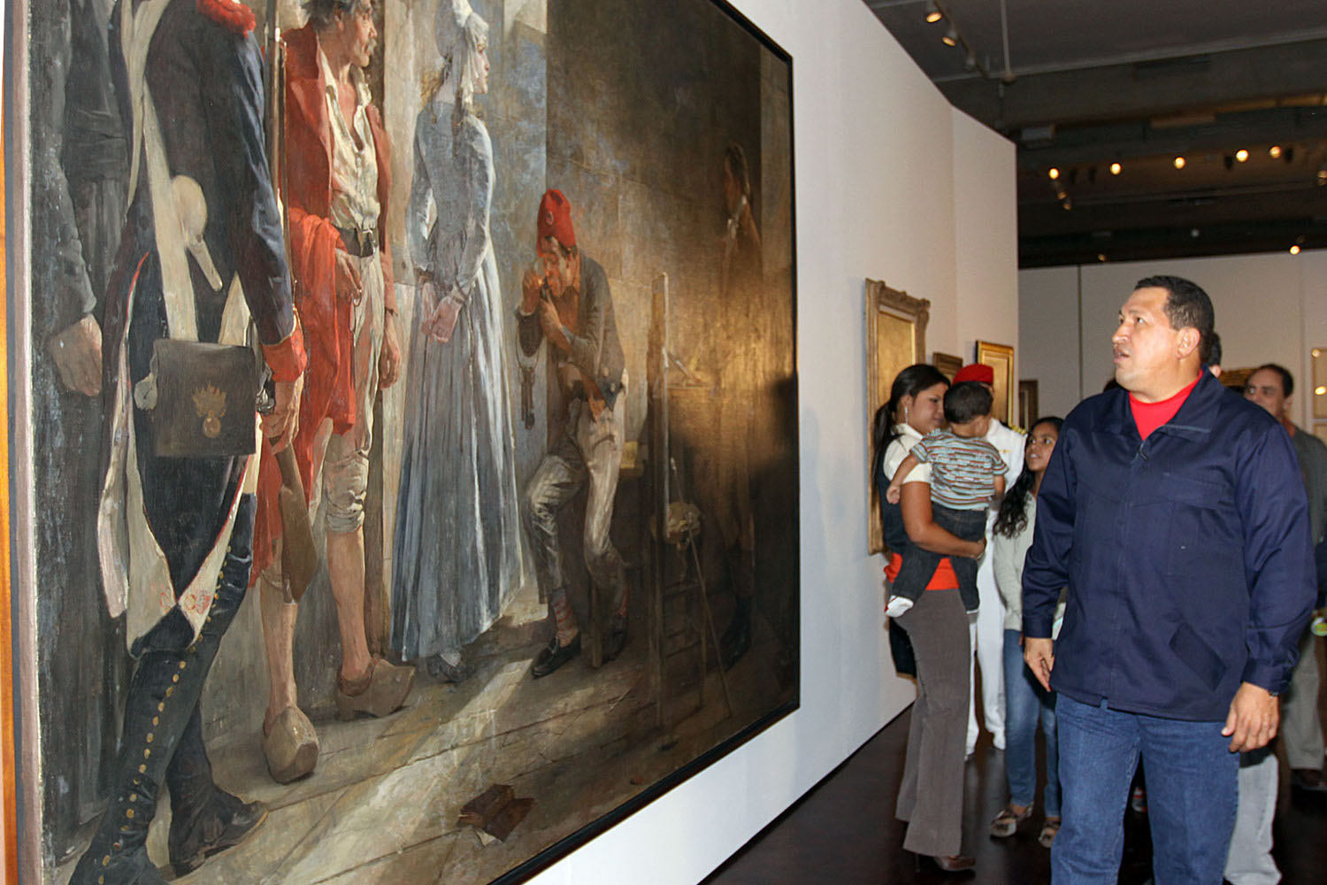venezuela opens national art gallery and launches national reading plan
