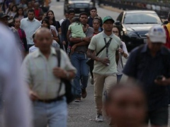 Despite blackout Venezuela has not stopped. (Credit: TelesurTV)