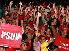 Thousands of PSUV members celebrate the internal elections in the Cuartel San Carlos in Caracas (ABN)