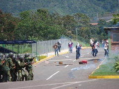 Venezuelan Students and National Guard clashed violently in several cities, including Merida (above). (José Luis Rivas)