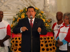 President Chavez speaks about the vandalism attack on the Caracas synagogue. (ABN)