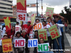 Students for and against the referendum
