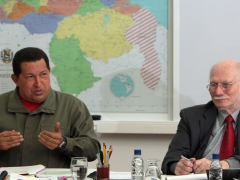 President Hugo Chavez (left) and Planning and Development Minister Jorge Giordani. (ABN)
