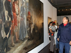 Venezuelan President Hugo Chavez in the newly expanded National Art Gallery (ABN)