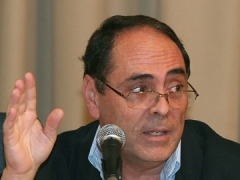 Education Minister Hector Navarro (RNV)
