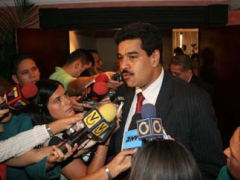 Foreign Minister Nicholas Maduro speaking to the press, Monday (Prensa MPPRE)