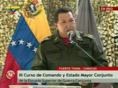 President Chavez addresses military officers at Tiuna Fort on Thursday (RNV)