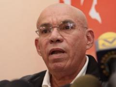 Ramón Rodríguez Chacín speaking at PSUV press conference (Prensa PSUV)