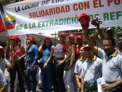 Supporters of Etxeberria demonstrated in Caracas last month (ABP)