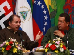 Daniel Ortega, left, and Hugo Chavez (Zurimar Campos, ABN)