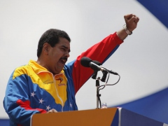 Maduro addressing supporters in Caracas on March 11.