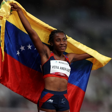 Vera had won silver only two days before in the T47 400 meters competition. Her two medals make her one of the most prolific Venezuelan athletes, next to triple jump gold medallist Yulimar Rojas. (Insidethegames)