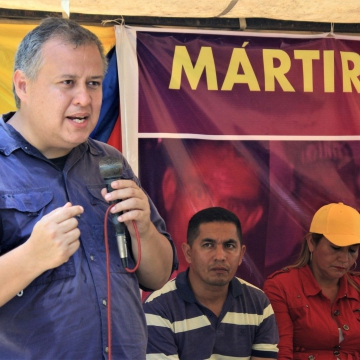 "Reinaldo Iturriza, intellectual and ex-minister of communes asked ""What the f*** are they waiting for to pronounce in rejection of these assassinations?"" referring to the lack of an official statement from the national government. (Katrina Kozarek / Venezuelanalysis.com)"