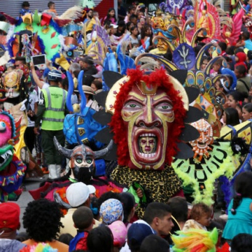 Crowds at Carnival 2018
