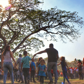 Anniversary of El Maizal Commune: Gathering under the Samán tree