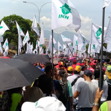 Workers from the National Nutrition Institute were present in force with their white flags. (Katrina Kozarek)