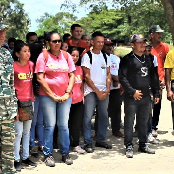 Local militia members also turned out. (Katrina Kozarek / Venezuelanalysis.com)
