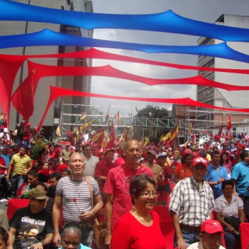 An estimated 1 million watched the parade in Caracas (Willians Muñoz)