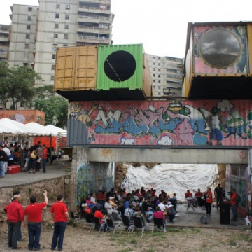 A wider view of the FILSOL fairgrounds (Luigino Bracci).