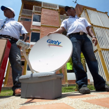 Publicly-owned telecomunications firm CANTV has begun installing cable and satelite television at residences within Caribia (Correo del Orinoco).