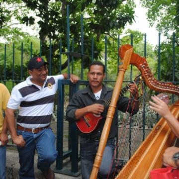 Traditional music from the Llanos region (Rachael Boothroyd/Venezuelanalysis)