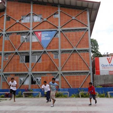 Integral housing development Brisas del Panteon, Caracas (AVN)