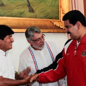 The presidents from Bolivia and Uruguay also came today to show their support. Pictured here, Bolivian president Evo Morales, ex Paraguayan president Fernando Lugo, and Venezuelan vice-president Nicolas Maduro.