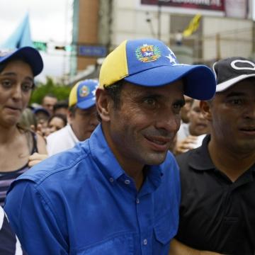 Capriles in Caracas (Leo Ramirez /AFP)