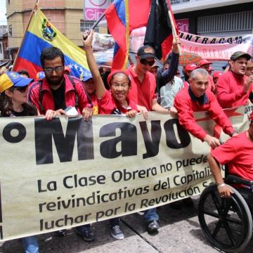 Chavistas marching through Merida (Ryan Mallett-Outtrim/Venezuelanalysis)