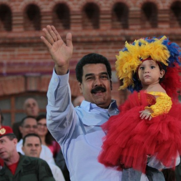 Over the weekend, Maduro not only commemorated the birthday of his predecessor, but also 100 days of his own presidency. (AVN)