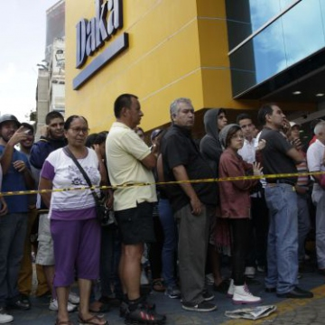 Lines outside Daka in Caracas earlier this month. (AP)