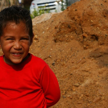 Famlies and people of all ages participated in the day of voluntary work in El Tigre 2030, Píritu, Anzoátegui