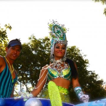 A carnival queen (Rachael Boothroyd - Venezuelanalysis)