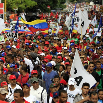 Chavistas turned out en masse from across the country, despite the short notice with which the march was called. (AVN)