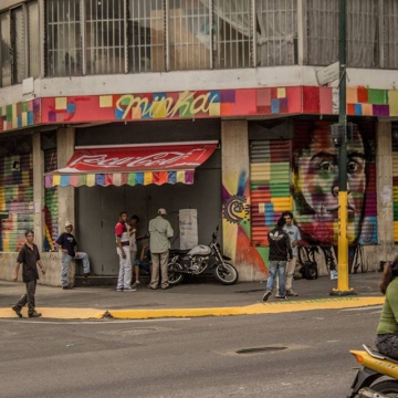 La Minka was put into community hands in mid March, after consumer protection authorities launched a crackdown on price gouging in Caracas bakeries.