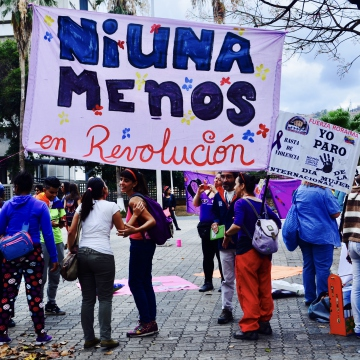 """Ni una menos"" (not one less) is a slogan coined by Argentine feminists in 2015 to draw attention to the violence of femicide. It has since been adopted as a rallying cry by movements across the continent. (Rachael Boothroyd Rojas/Venezuelanalysis)"