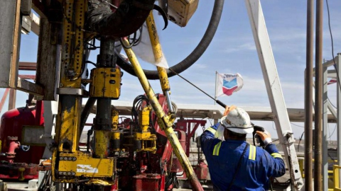 Chevron produces around 200,000 bpd in several joint ventures with Venezuela's PDVSA. (Daniel Acker / Bloomberg)