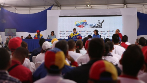 Maduro addresses the Congress of Communes in Caracas