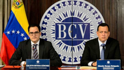 Central Bank President Calixto Ortega and Finance Minister Simon Zerpa