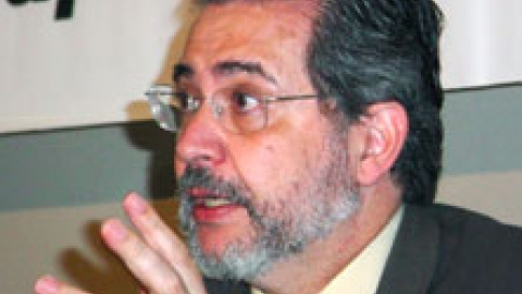 Editor and Owner of the Venezuelan daily El Nacional Miguel Otero at a press conference on Monday (Unión Radio)