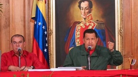 Justice Minister, Ramón Rodríguez Chacín and President Chavez