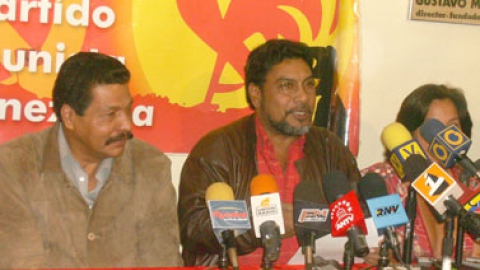 Communist Party General Secretary Luis Figuera in a press conference Monday. (PCV)