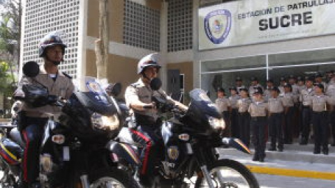 Newly launched Bolivarian National Police patrol Caracas, Sunday (ABN)