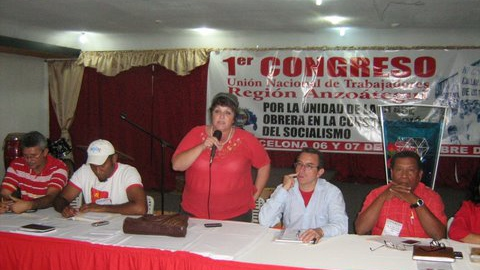Marcela Maspero of UNTE speaks during a meeting in November 2009.