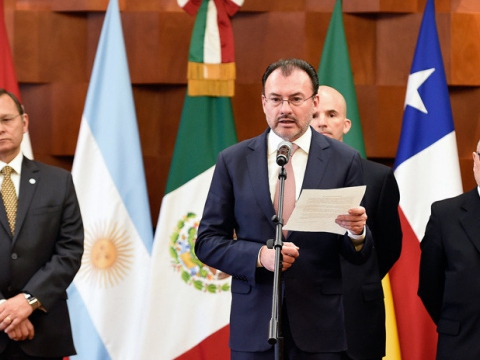Mexico's Foreign Affairs Minister Luis Videgaray reads the Lima Group communiqué, May 14, 2018