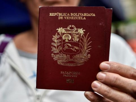 Heavy increases in passport fees will make it more difficult for Venezuelans to migrate