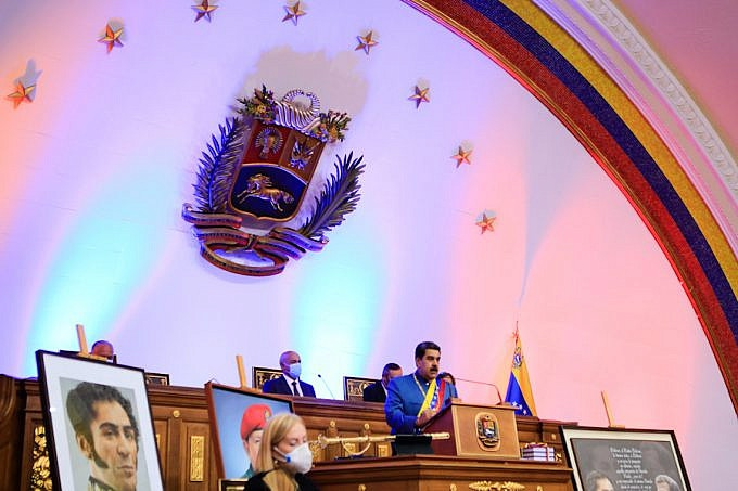 President Nicolas Maduro speaks before the National Assembly (Presidential Press)