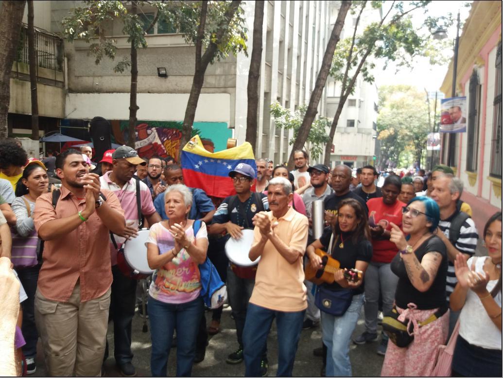 The march ended at Venezuela's National Pantheon (Ricardo Vaz)