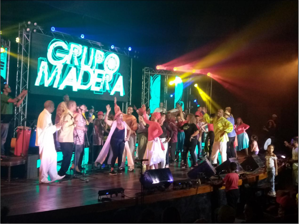 Grupo Madera were joined on stage by several other musicians, dancers and even audience members. (Ricardo Vaz)